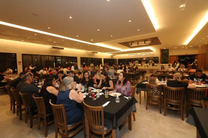 Sucesso: Churrascaria de São José dos Campos recebe convidados em noite de celebração