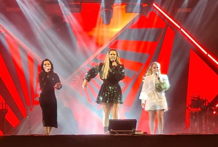 Marília Mendonça recebe Maiara e Maraisa na noite deste sábado (25) em São José dos Campos.