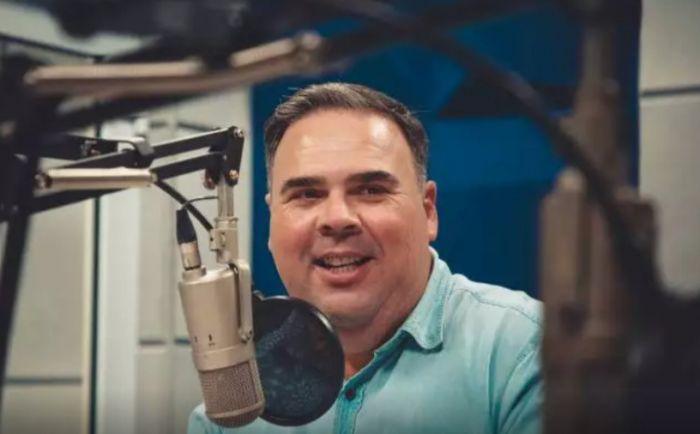 Demitido: André Costa era chefe do jornalismo e apresentador da Rádio POP.