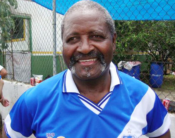 Carlos Roberto Pinheiro, o Botu
