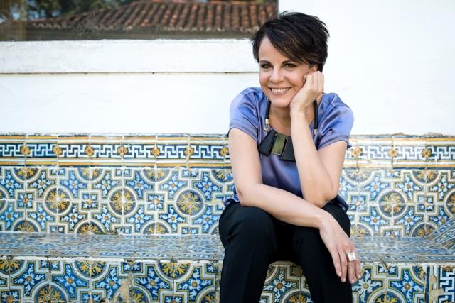 Leila Pinheiro, por Possato
