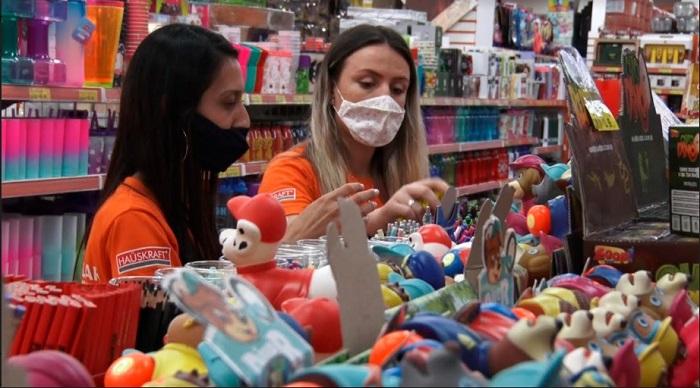 Comércio do Vale do Paraíba deve contratar 2500 trabalhadores temporários para o Natal