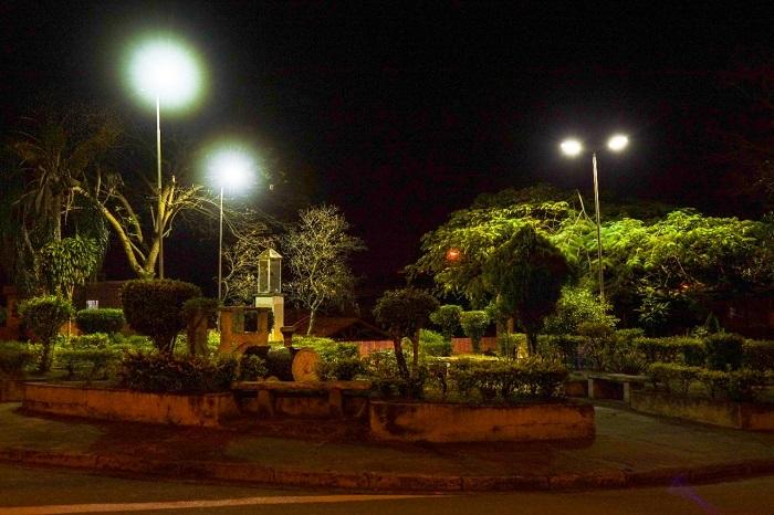 Pinda revitaliza iluminação pública no Crispim, Socorro, Alto do Cardoso e Moreira César