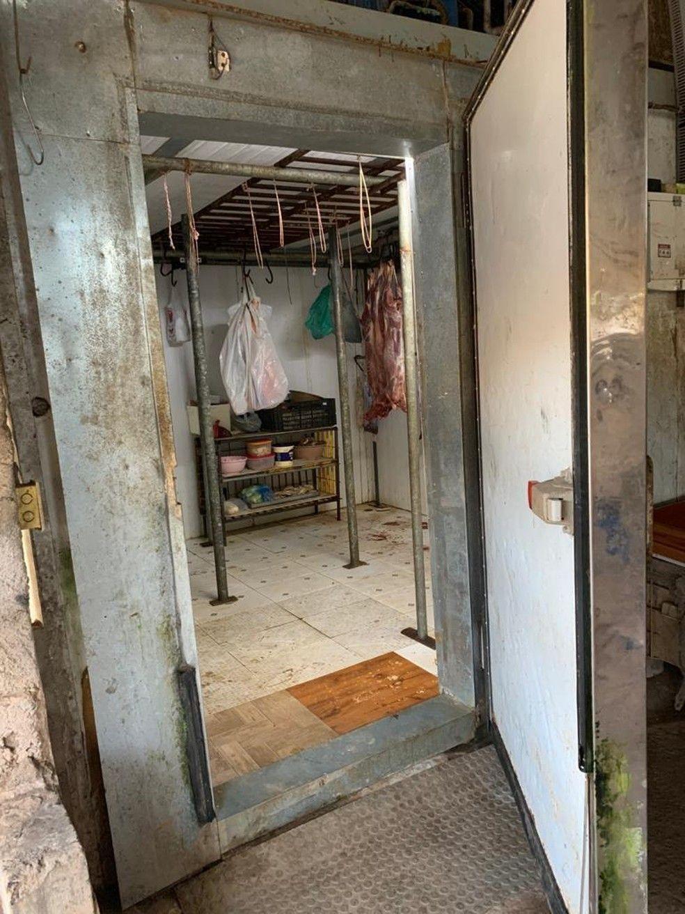 Polícia Civil encontra abatedouro clandestino usado pelos criminosos.
