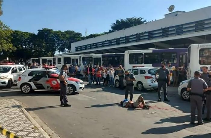 Disparos aconteceu na rodoviária velha de Taubaté.