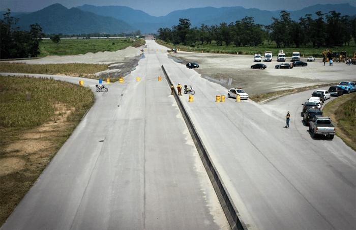 Obra de conclusão dos contornos da Rodovia dos Tamoios são retomadas pelo Governo de São Paulo