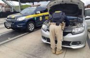 Em Jacareí, Polícia Rodoviária Federal recupera carro roubado