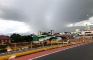 Chuva forte, ventos e granizo neste final de tarde na região