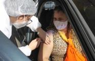 Vacinação de pessoas com 42 anos ou mais sem comorbidades continua na sexta-feira em Pindamonhangaba
