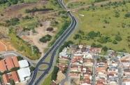 Manutenção no túnel do Castolira deixa trânsito lento no Anel Viário, em Pindamonhangaba