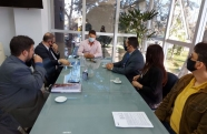 Prefeitura de Pindamonhangaba recebe Caixa e assina convênio para obras em Moreira César e Crispim