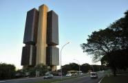 Banco Central aponta para possível queda de 5,62% na economia este ano