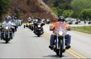 Governo de SP lança programa inédito para capacitar motofretistas, facilitar compra de motos e regularizar documentos